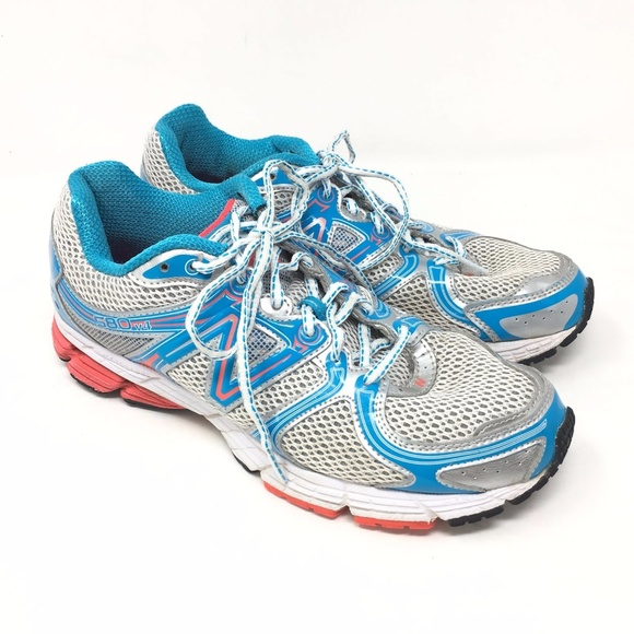 new arrival cf515 ca31f Women's New Balance 580v4 Shoes Sneakers Size 9.5D